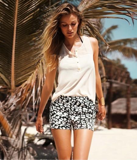 H&M enfatiza el print este verano. Are you in?