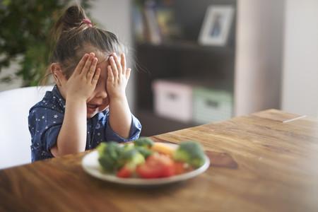 Cómo conseguir que a tu bebé le gusten las verduras (y más cosas)