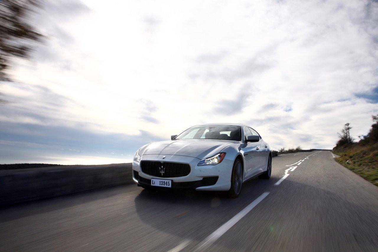 Foto de Maserati Quattroporte (2013) (33/47)