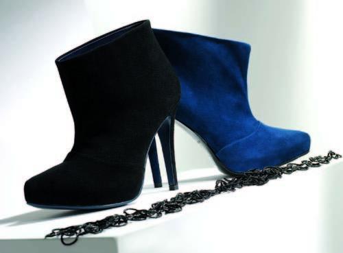 Foto de Sandalias perfectas y botas infinitas para el invierno de Gloria Ortiz (10/18)