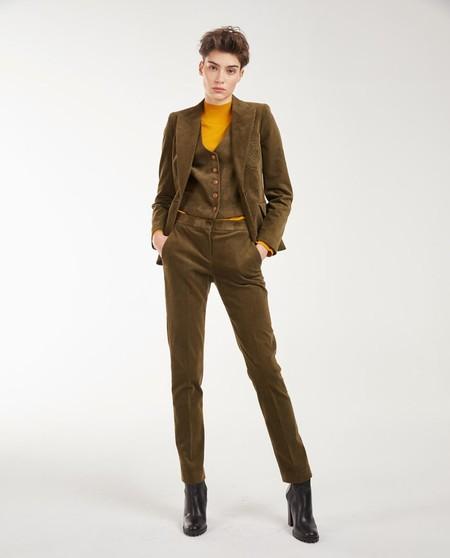 https://www.elcorteingles.es/moda/A30916268-pantalon-de-pana-con-algodon-de-mujer/