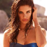 Moda de baño 2013: el modelo bandeau el mejor para tomar el sol
