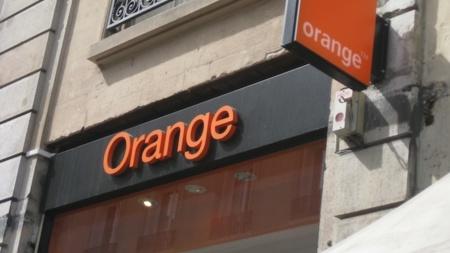 Orange regala 70 euros de descuento en un terminal al contratar el plan Combina