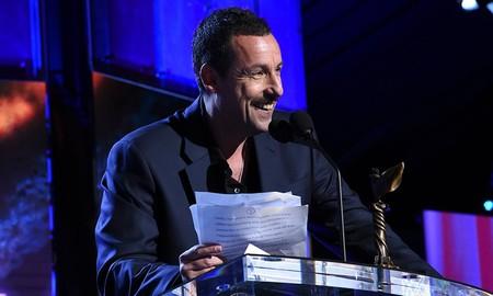 El discurso de Adam Sandler en los Spirit Awards demuestra que el astro es mucho más que un excelente actor