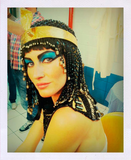 Calentamos motores para Halloween: Gisele Bündchen se convierte en Cleopatra