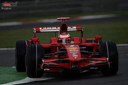 Kimi Raikkonen lidera los tiempos en Monza