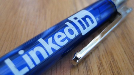 Consejos de marketing de empresa para el medio social LinkedIn