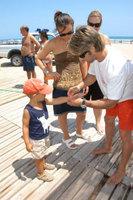 Pulseras identificativas para niños en las playas