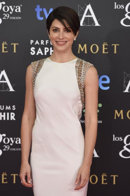 Barbara Lennie se decanta por el color blanco y los brillos en su nominación como mejor actriz en los Goya 2015