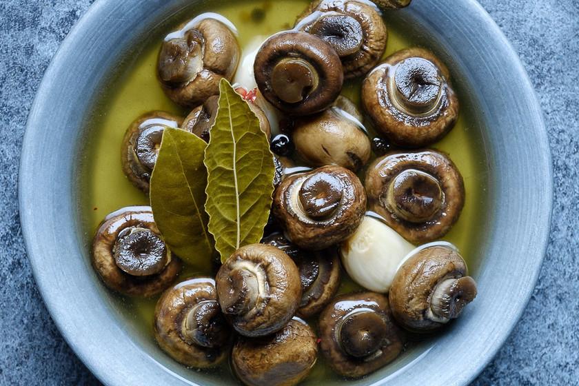 Nueve aperitivos ligeros para un picoteo del finde libre de remordimientos