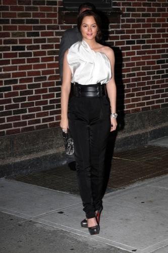 Blake Lively y Leighton Meester, estilo Gossip Girl: sus mejores looks de 2009. Lanvin