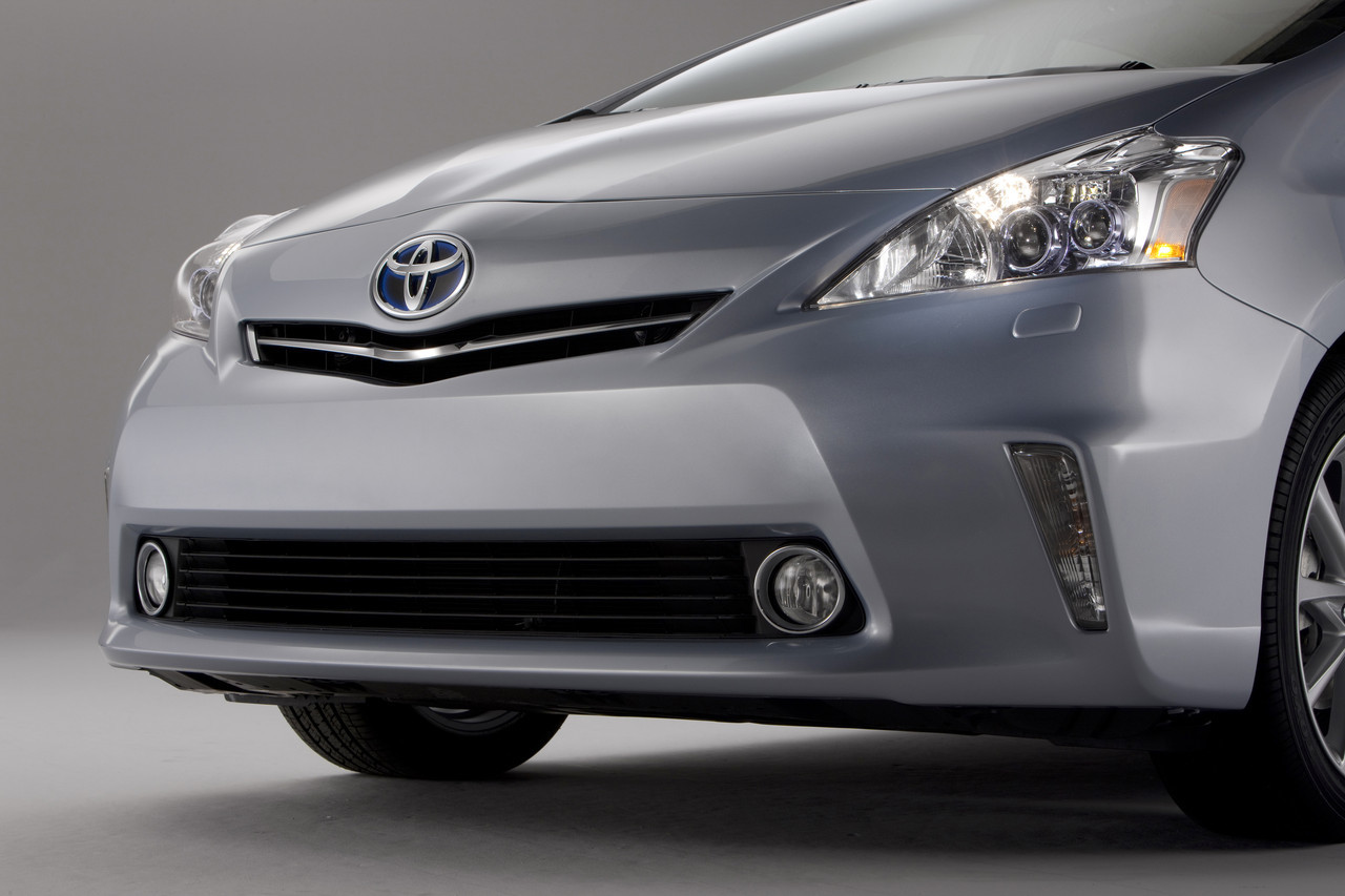 Foto de 2011 Toyota Prius v (41/77)