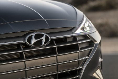 Hyundai Elantra 2020 7