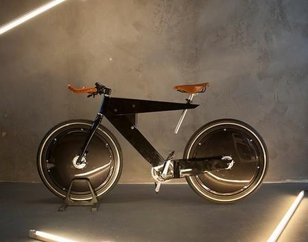 La bicicleta eléctrica de Nikos Manafis: amistad entre arte y ciencia