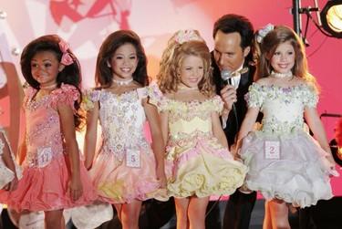 Francia quiere prohibir los concursos de belleza infantiles (y yo lo aplaudo)