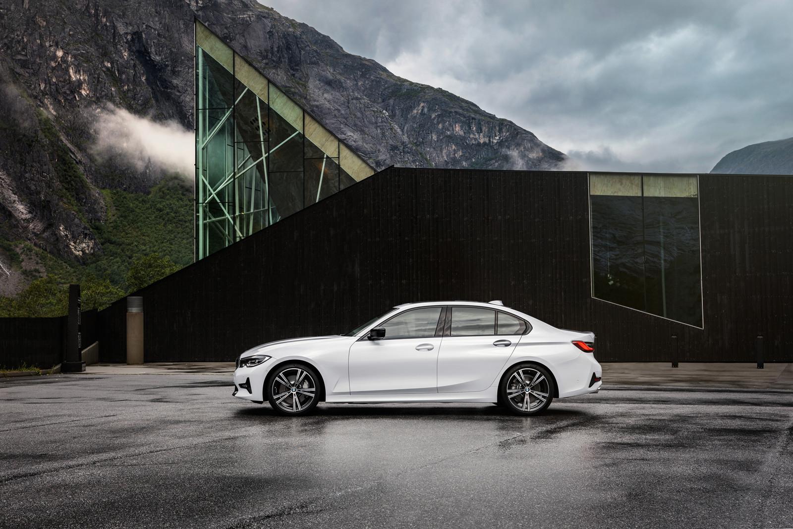 Foto de BMW Serie 3 2019 (62/131)