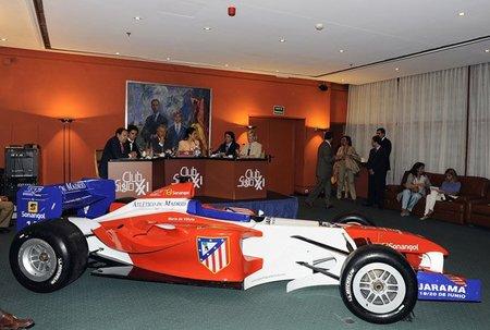 Coloquio sobre la Superleague Formula en el Club Siglo XXI