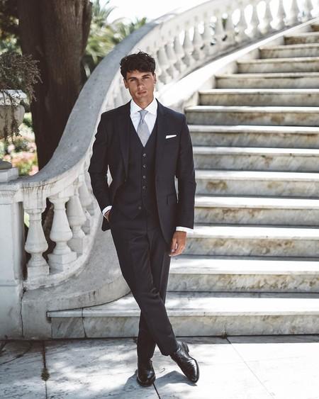 Daniel Illescas Da Con El Look Perfecto De Invitado Para La Boda De Maria Pombo Y Pablo Castellano 2