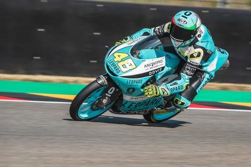 Lorenzo Dalla Porta levanta la victoria y el liderato de Moto3 a Arón Canet en Alemania