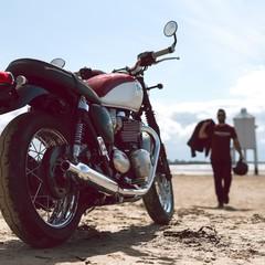 Foto 3 de 27 de la galería triumph-bonneville-t120-bud-ekins-2020 en Motorpasion Moto