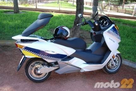 Vectrix VX-1, probamos la moto eléctrica