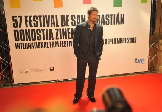 Foto de Los looks de Brad Pitt en el Festival de Cine de San Sebastián (6/6)