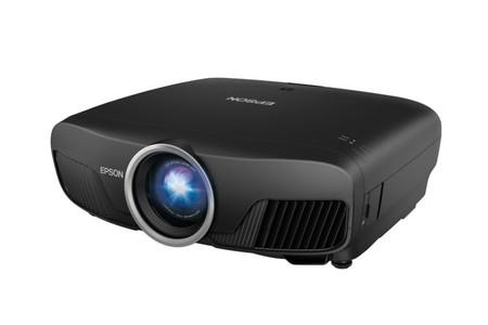 Epson Pro Cinema 6040B, un proyector Full HD que compite sin despeinarse con los 4K