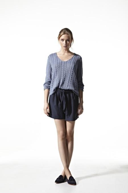 Massimo Dutti lookbook Primavera-Verano 2013: las chicas sencillas también saben vestir en verano