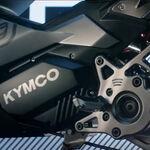 Un scooter eléctrico con tintes deportivos también está entre los planes de Kymco, y este teaser es la prueba