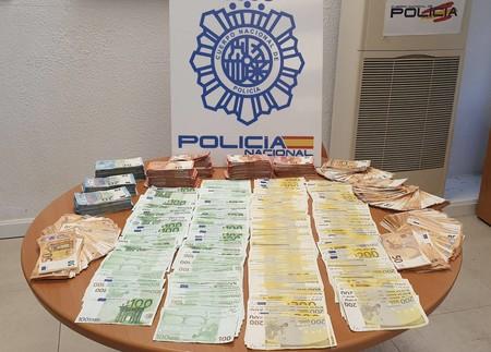 Facturas de teléfono de 1000 euros: así actuaba el 'call center' fraudulento desmantelado por la Policía en Madrid
