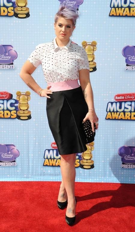 Kelly Osbourne saca su lado más punk con su nuevo corte de pelo