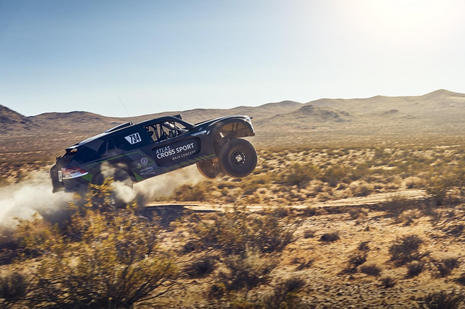 Foto de Volkswagen Atlas Cross Sport R (10/19)