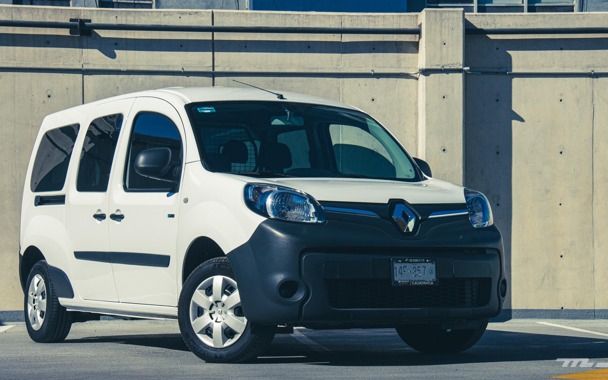 Foto de Renault Kango Z.E. Maxi 5 pasajeros (7/29)