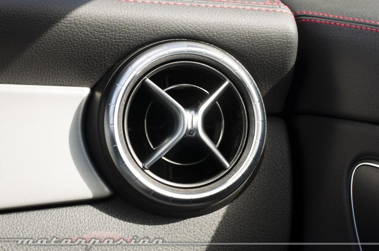 Foto de Mercedes-Benz Clase CLA (presentación) (24/40)