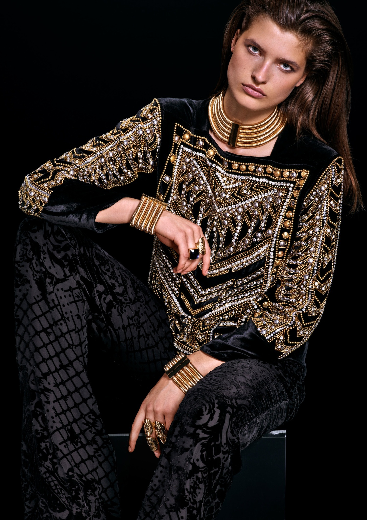 Foto de Lookbook de H&M x Balmain (18/38)