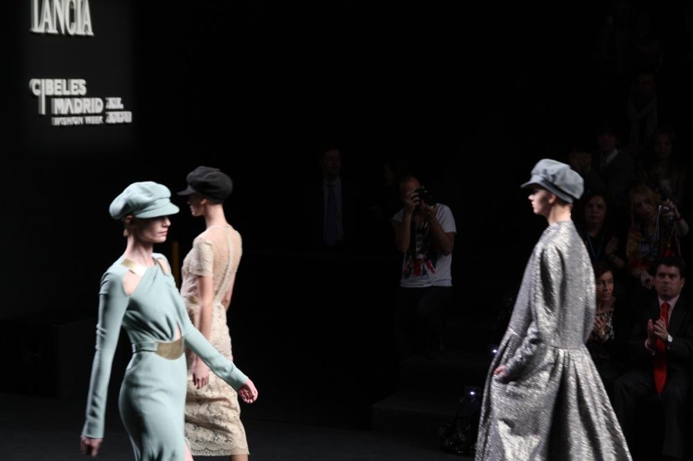 Foto de Jesús del Pozo en la Cibeles Fashion Week Otoño-Invierno 2011/2012 (44/71)