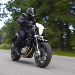 Foto 1 de 111 de la galería husqvarna-nuda-900-y-900r-datos-y-fotos-oficiales en Motorpasion Moto