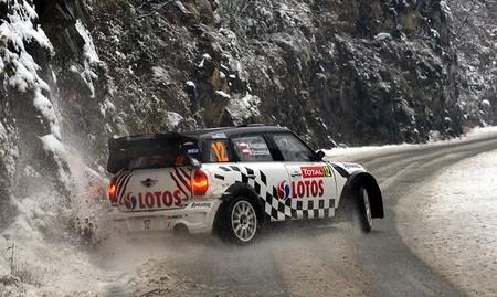 """El Mini John Cooper Works WRC recibe un nuevo """"chute"""" de potencia"""