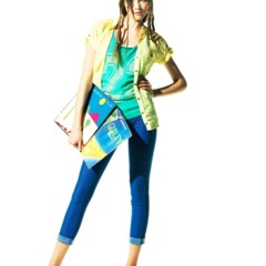 Foto 15 de 22 de la galería bershka-lookbook-de-abril-primavera-2011-mas-color-en-las-tiendas en Trendencias