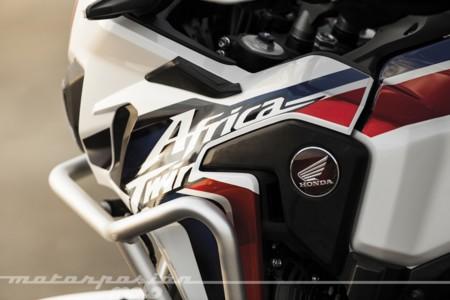 Honda Crf1000l Africa Twin Crf1000l At 2016 Detail 001