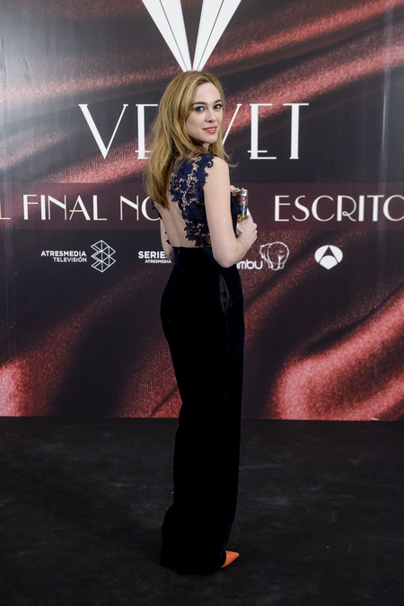 Looks Actrices Chicas Velvet Fiesta Final Serie 8