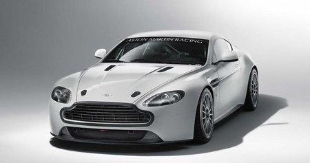 Aston Martin GT4 2011