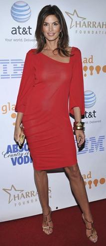 Cindy Crawford en los GLAAD Media Awards en Hollywood