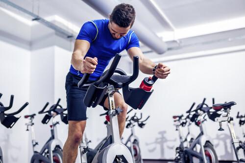 Bicicletas de spinning: ¿cuál es mejor comprar? Consejos y recomendaciones