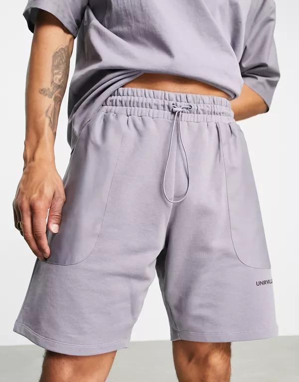 Shorts lavanda holgados con paneles cosidos de nailon de ASOS Unrvlld Spply (parte de un conjunto)