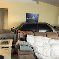 Vivir con un BMW M3 E30 en el salón no es una locura si la alternativa se llama huracán Matthew