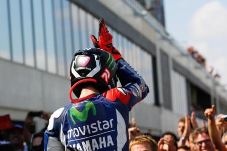 Shark será la marca de cascos que utilizará Jorge Lorenzo la temporada que viene