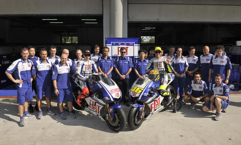 Foto de Presentación del equipo Fiat Yamaha 2010 (7/12)