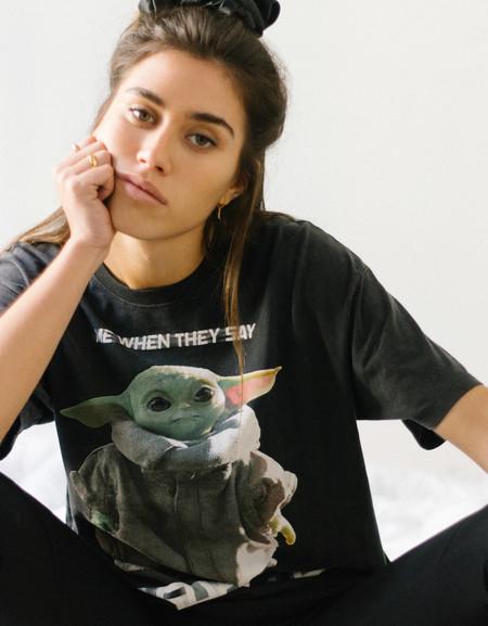 Baby Yoda Bershka 01