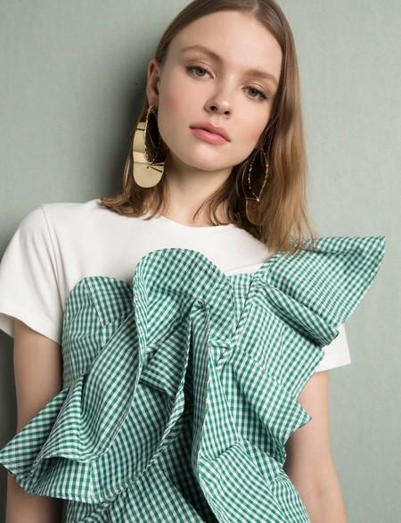Aunque parezcan de lujo, son diseños low-cost. Las 21 prendas que van a enamorarte esta primavera